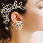 Top Elegant Accessories To Wear On The Wedding Day